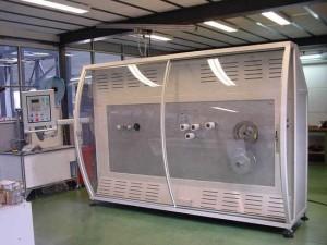 Machine de bobinage automatique de biellettes de rotor d'hélicoptère