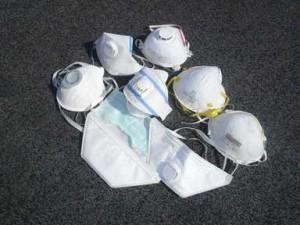 Masques grippe H1N1 fabriqués par ligne automatique