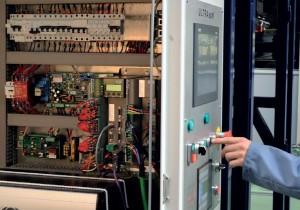Poste de mise en pile et encartonnage de poches souples - armoire electrique