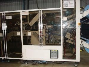 Poste automatisé de produits d'hygiène en matériaux tissé