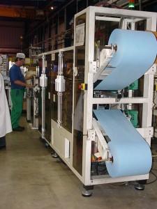 Machine automatique de produits d'hygiène en matériaux
