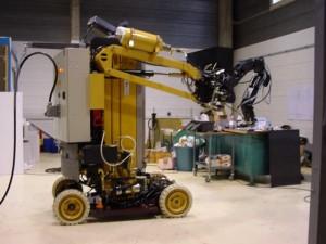 Robot industriel de démantèlement nucléaire téléopéré