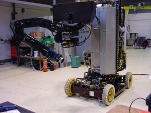 Robot rapide de démantèlement nucléaire téléopéré