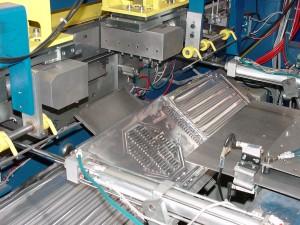 ligne automatisée d'assemblage par ultrason