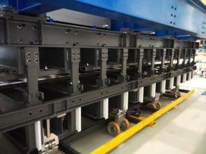 Machine de cuisson de composites
